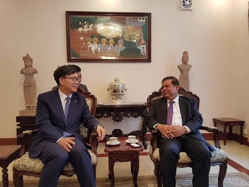 이대훈 NH농협은행장, 캄보디아 중앙은행 총재 예방