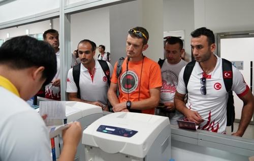 세계소방관경기대회에 참가한 외국 선수