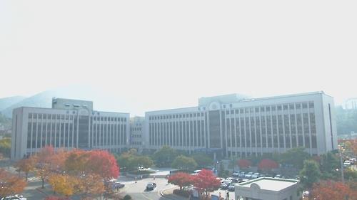 광주고법(왼쪽)과 광주지법(오른쪽) 전경[연합뉴스 자료사진]