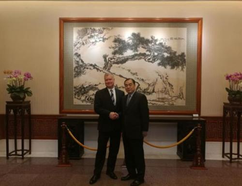 스티븐 비건 미 국무부 대북특별대표, 쿵쉬안유 중국 외교부 부부장 만나