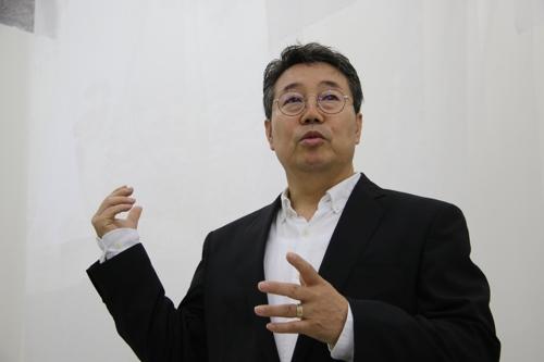 """""""무형문화재 전승자는 기능인 아닌 예술인"""""""