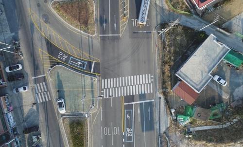 차량 감지해 신호 바꿔주는 똑똑한 신호등 늘린다