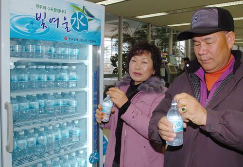 광주 브랜드 수돗물 빛여울수 생산량 80만병 넘어서