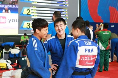 남북 유도대표팀, 세계선수권 현지서 합동훈련