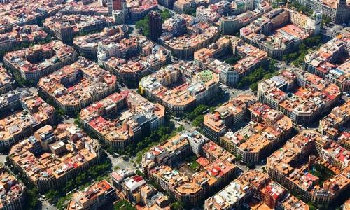블록으로 이뤄진 도시 바르셀로나