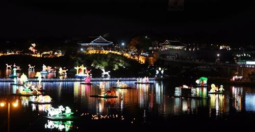 태풍 북상에 진주남강유등축제 5∼6일 휴장