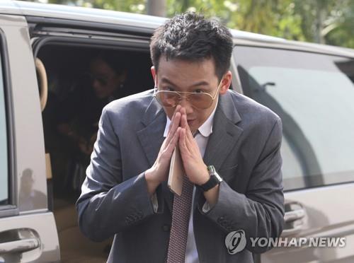 태국 탁신 전 총리 가문의 수난…동생 이어 아들까지 기소돼