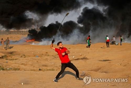 핏빛 가자지구…팔레스타인 시위대 6명, 이스라엘군에 피살