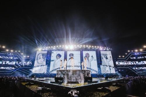 H.O.T. 17년 만의 콘서트