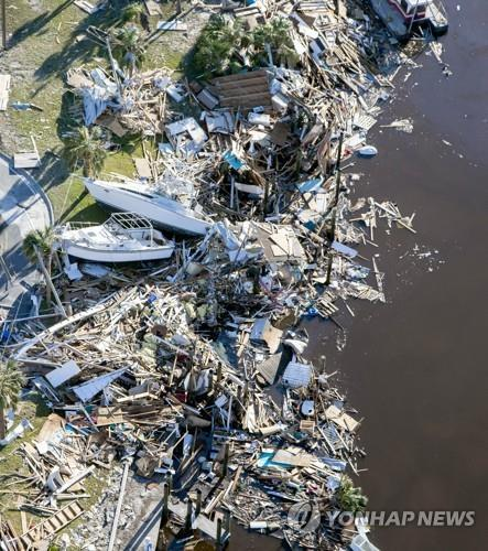 허리케인 마이클의 영향으로 쑥대밭으로 변한 미 플로리다 파나마시티 해변