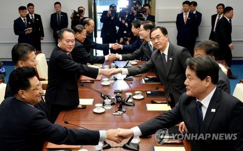 이산가족 수시상봉에 '한 발짝 더'…남북, 11월 적십자회담 합의(종합)