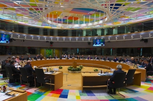 "EU ""해킹 등 사이버공격에 대한 제재 체제 구축 착수키로"""
