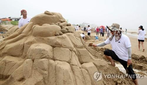 [주말 N 여행] 충청권: '한국의 사막' 신두리 사구…3.5㎞ 이국적 ..