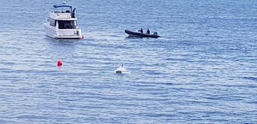 해운대해수욕장 앞 해상서 모터보트 침몰…2명 구조
