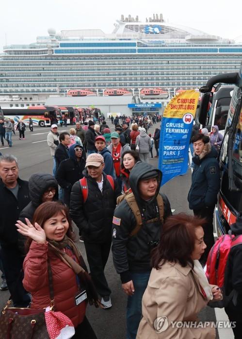 중국 국영조선사, 5천명 이상 수용 대형유람선 2척 발주