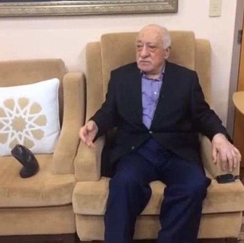 '에르도안 달래려고'…美, 터키 반정부 인사 귈렌 추방 검토