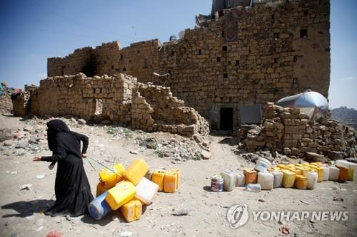 """""""사우디 동맹군, 예멘 호데이다 공격 중단""""…협상재개 청신호(?)"""