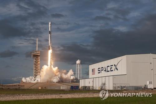 스페이스X 18번째 로켓 발사…올해 4회 남아 기록경신 확실시