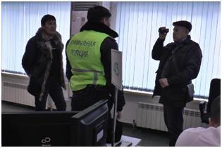 카자흐스탄 내무부 특수수사대 2명 차량등록 '급행료' 받다 구속
