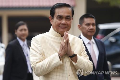 """태국 '2월 총선' 더 늦춰지나…총리 """"곧 국왕 대관식"""" 언급"""
