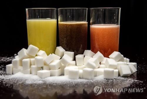 탄산음료 포함 고가당 음료, 싱가포르서 '퇴출 위기'