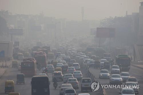 '최악 스모그' 인도, 대기오염으로 작년 124만여 명 사망