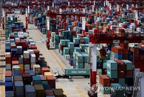 중국 11월 수출입 증가율 '뚝'…대미흑자는 또 사상최대(종합)
