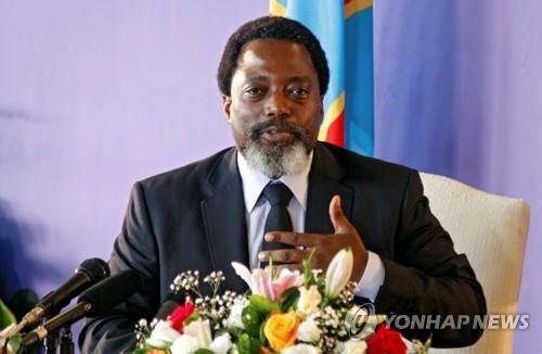 EU, 대선 2주 앞두고 콩고 여권 후보 등 14명 제재 연장