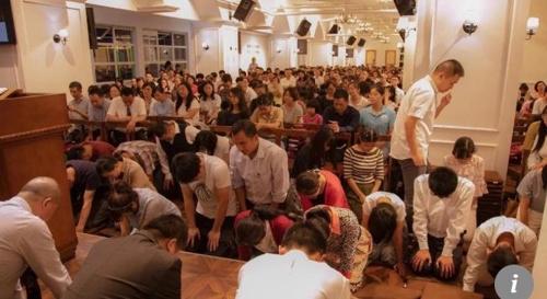 中 경찰, 지하교회 급습해 목사·신도 100여 명 체포