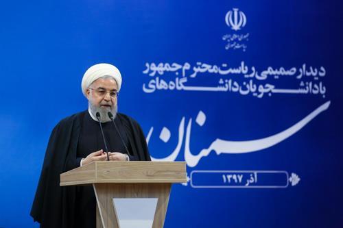 """이란 대통령 """"美 제재 뒤 원유 수출 서서히 상승"""""""