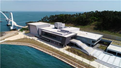 태안유물전시관 첫 기획전 '바다에서 찾은 고려 보물'