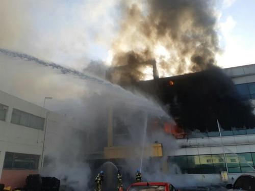 오산 자동차 부품공장서 불…70여 명 대피