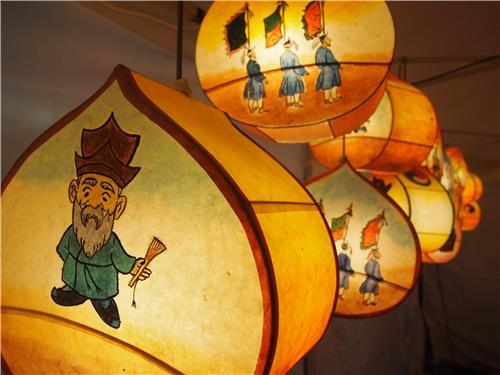 파주 법원읍에 '평화의 빛 전통 등 ..