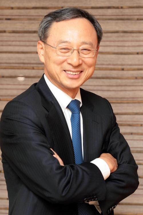 """황창규 KT 회장, 다보스포럼 IBC 참석…""""한국 기업인 최초"""""""