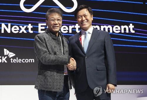 CES 개막하자마자 韓 기업인들 지피지기 부스투어