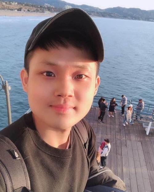 20대 청년의 도와달라 국민청원, 네티즌 극과 극 반응