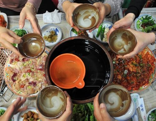 [주말 N 여행] 호남권: 뜨끈한 온돌방서 짭짤한 주전부리에 고로쇠 한잔이면…