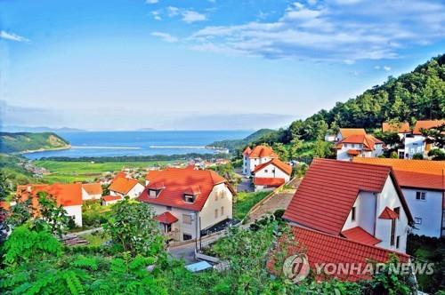 해외에서 더 유명한 남해 독일마을…외국 언론·관광객 주목