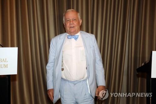 """조선신보 """"美 로저스 방북승인 사실이면 북미관계 획기적 진전"""""""