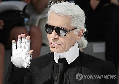 전설이 된 '패션 아이콘'…브랜드혁명으로 '죽은 샤넬' 살려내다(종합)