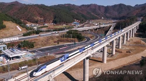 강릉시 KTX 개통으로 관광객 급증…불편해소 대책 수립