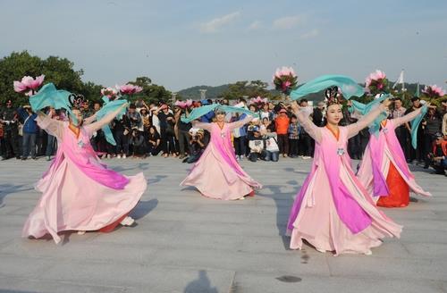 개천예술제·거제섬꽃·가야문화 등 10개 경남 대표축제 선정