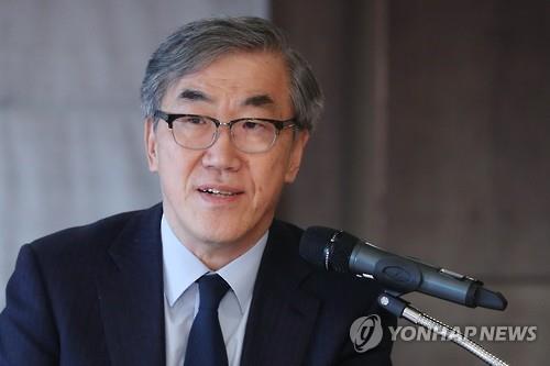 """유창근 현대상선 사장 임기 2년 남기고 사퇴…""""3월 주총서 용퇴""""(종합)"""