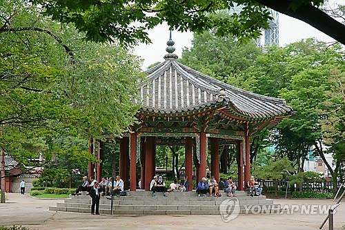 """""""3·1운동 성지 탑골공원, 명칭 바꾸고 담장 없애야"""""""