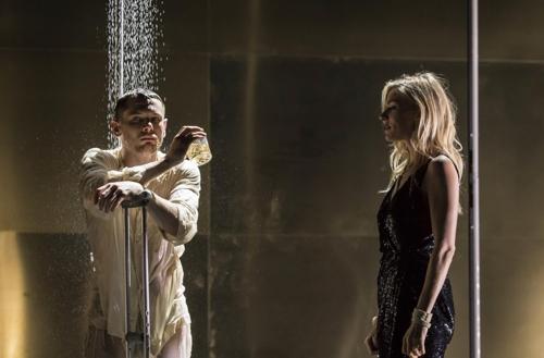 영국 국립극장 최신작 2편, 스크린으로 만난다