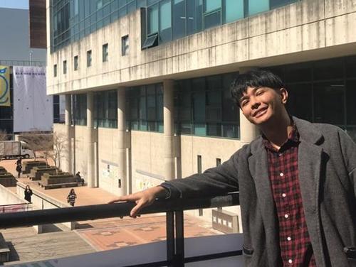 """4년만에 재입학 이주민 영화감독 """"한-필리핀 예술 소통 돕겠다"""""""