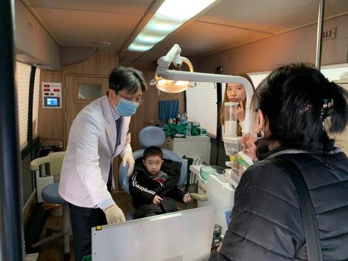 [게시판] 샘복지재단, 인천지역 고려인 동포에 이동진료