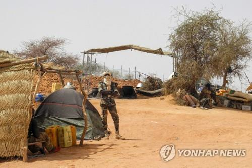 말리서 민간인 110여명 살해돼…'인종청소' 공격 추정(종합)