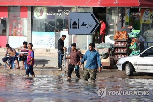 이란 대홍수로 국민 8분의 1 수해…200만명 구호 필요