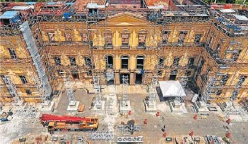 '재건해야 하는데'…대형화재 브라질국립박물관 기부 3억원 그쳐